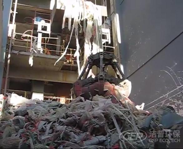 塑料板破碎机现场撕碎视频