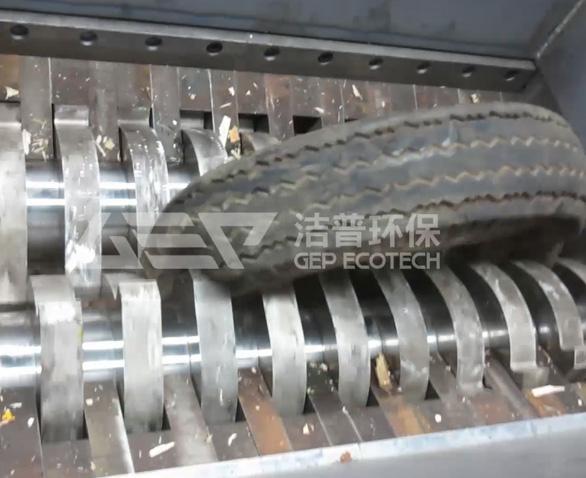 废旧轮胎破碎机现场试机视频