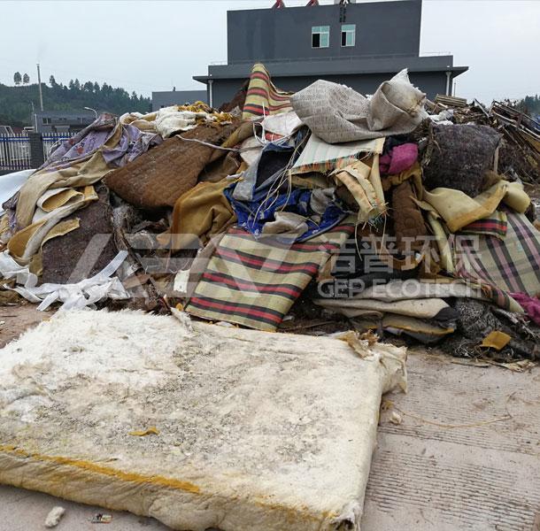 废旧家具垃圾
